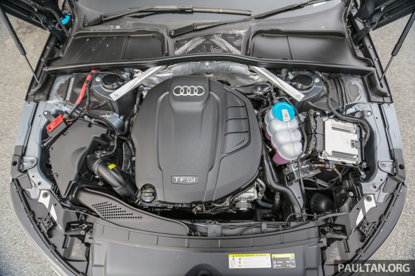 GALLERY: Audi A4 – current B9 vs previous-gen B8 Image #561134