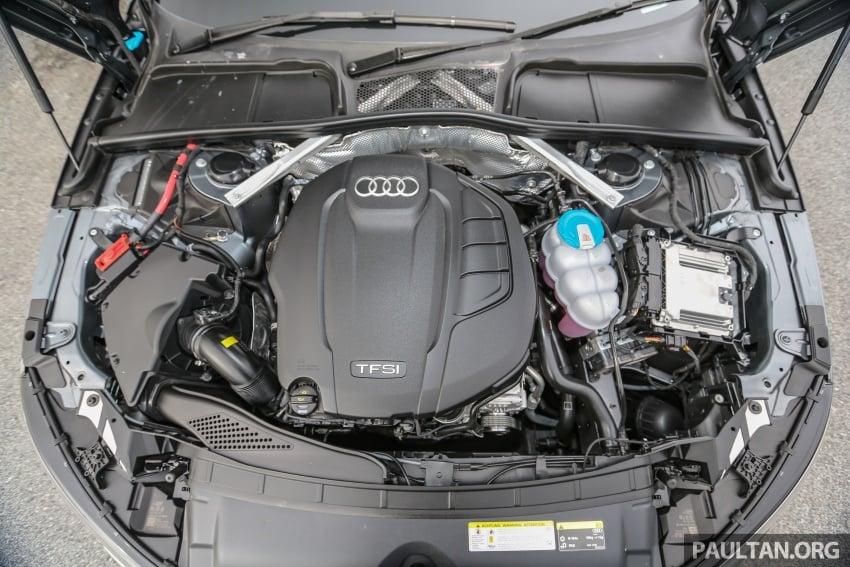 GALLERY: Audi A4 – current B9 vs previous-gen B8 Image #561134