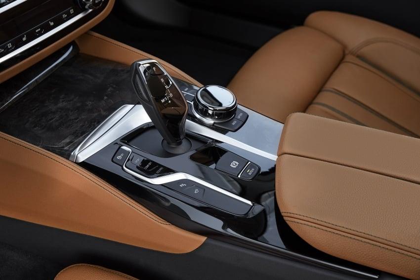 G30 BMW 5 Series diperkenal – di pasaran Feb 2017 Image #563267