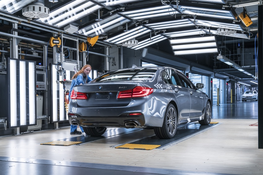 G30 BMW 5 Series unveiled – market debut in Feb 2017 Image #562861