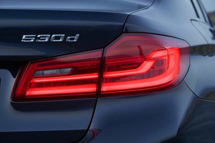 G30 BMW 5 Series diperkenal – di pasaran Feb 2017 Image #563185