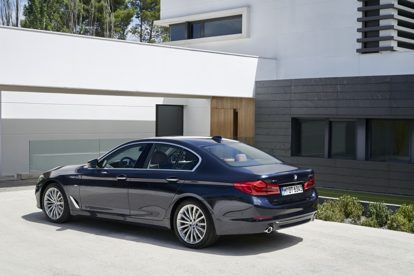 G30 BMW 5 Series unveiled – market debut in Feb 2017 Image #562960