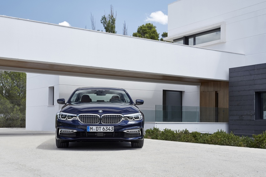 G30 BMW 5 Series unveiled – market debut in Feb 2017 Image #562962