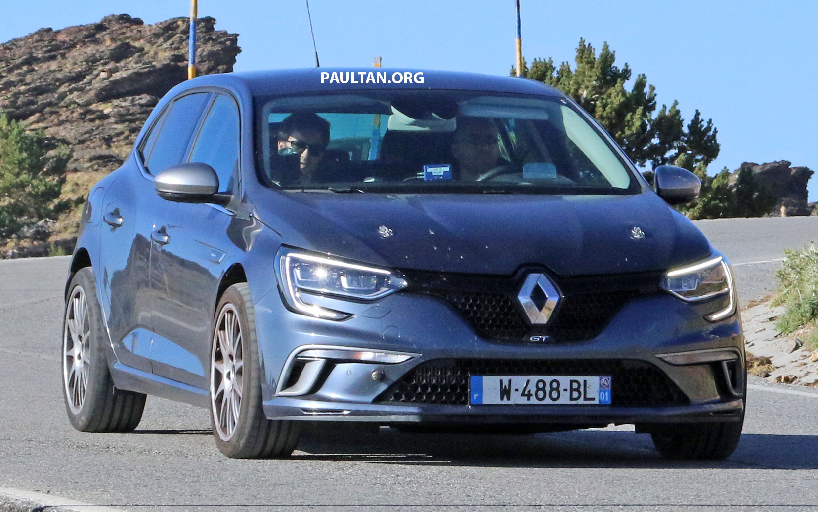renault megane rs sticking to fwd manual gearbox. Black Bedroom Furniture Sets. Home Design Ideas