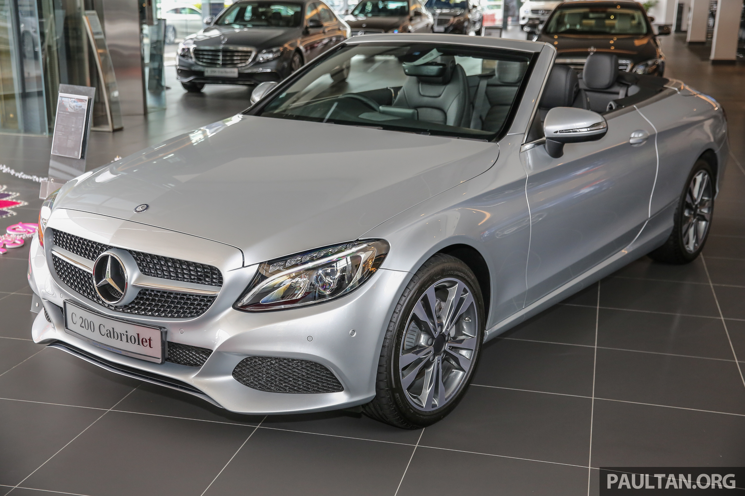 GALLERY Mercedes Benz C200 Cabriolet Up Close Paul Tan