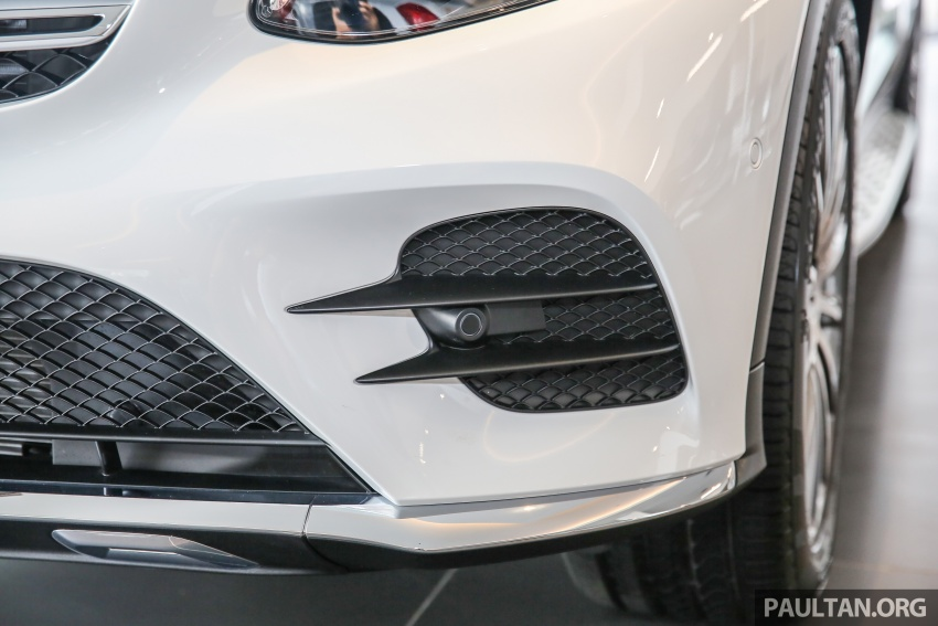 GALLERY: Mercedes-Benz GLC250 CKD in showroom Image #567822