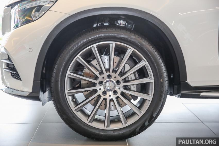 GALLERY: Mercedes-Benz GLC250 CKD in showroom Image #567824