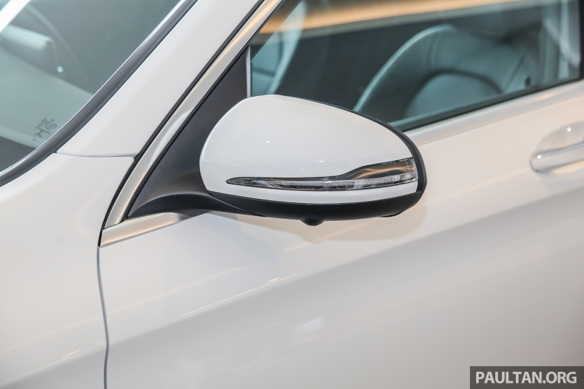 GALLERY: Mercedes-Benz GLC250 CKD in showroom Image #567826