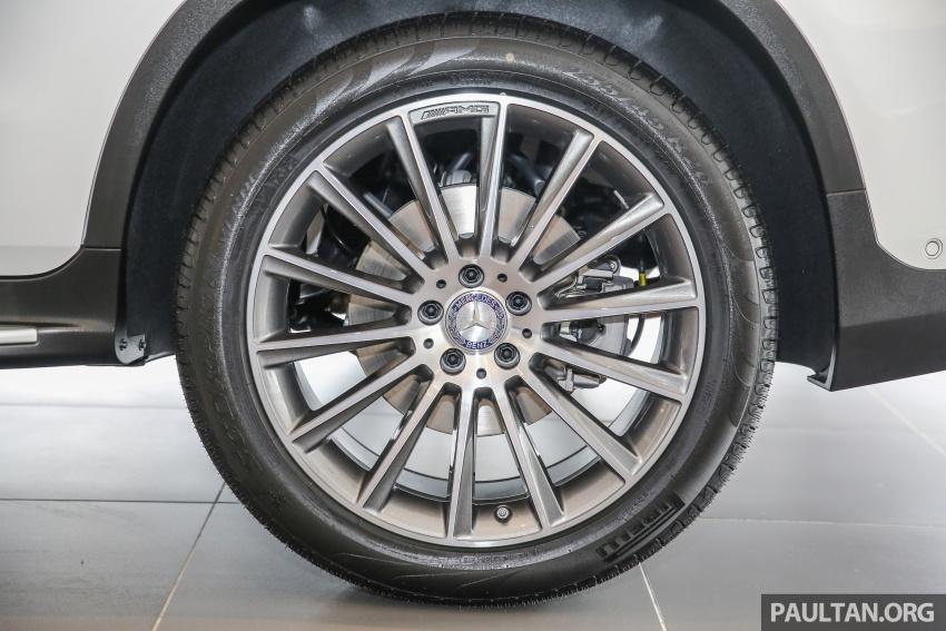 GALLERY: Mercedes-Benz GLC250 CKD in showroom Image #567830