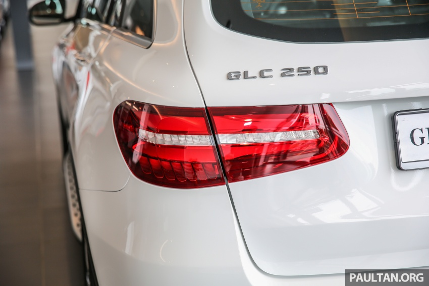 GALLERY: Mercedes-Benz GLC250 CKD in showroom Image #567832