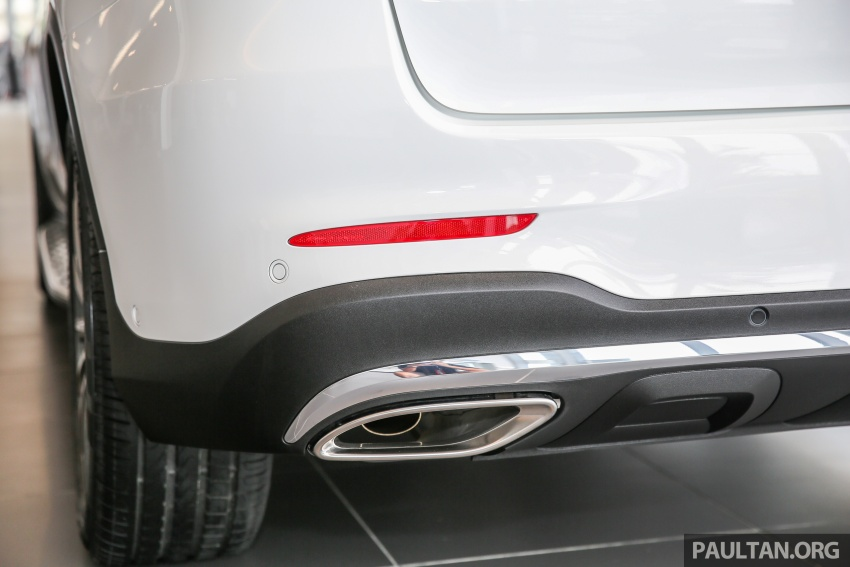 GALLERY: Mercedes-Benz GLC250 CKD in showroom Image #567834