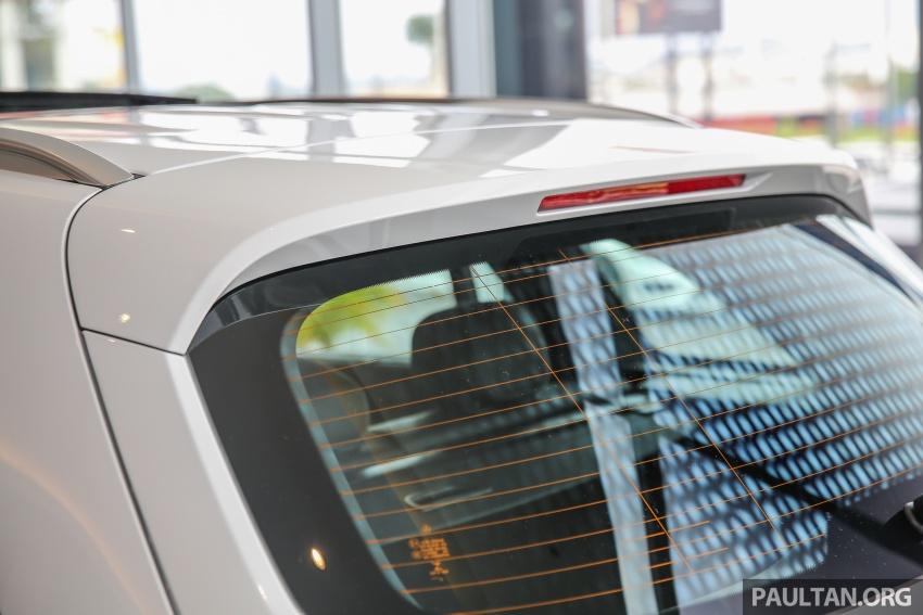 GALLERY: Mercedes-Benz GLC250 CKD in showroom Image #567836