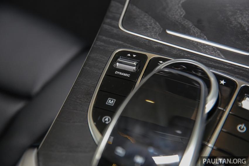 GALLERY: Mercedes-Benz GLC250 CKD in showroom Image #567847