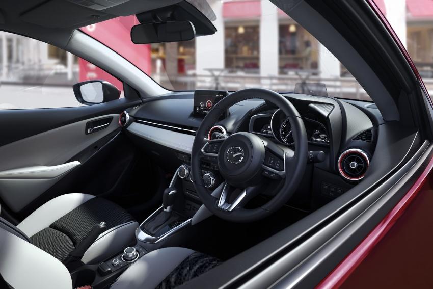 Mazda 2 and CX-3 updated with G-Vectoring Control Image #563895