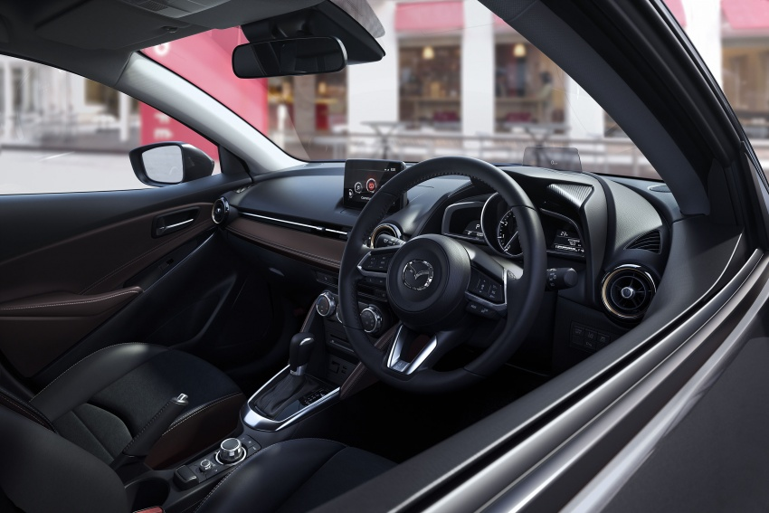 Mazda 2 and CX-3 updated with G-Vectoring Control Image #563896