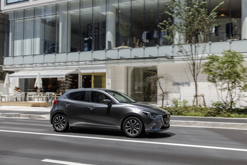 Mazda 2 and CX-3 updated with G-Vectoring Control Image #563927