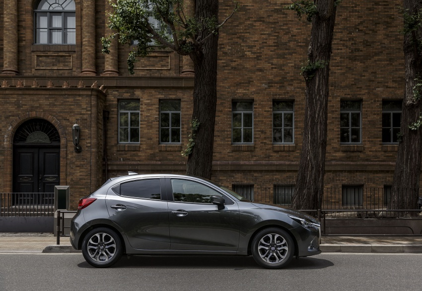 Mazda 2 and CX-3 updated with G-Vectoring Control Image #563930