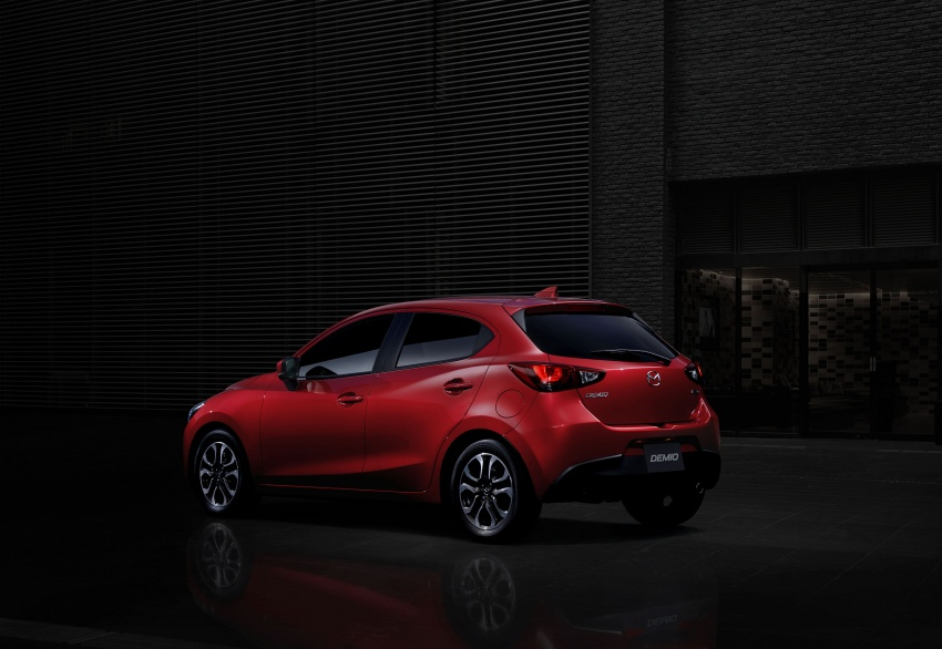 Mazda 2 and CX-3 updated with G-Vectoring Control Image #563933