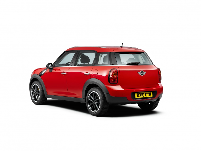 F60 MINI Countryman revealed – larger, with more tech Image #569741