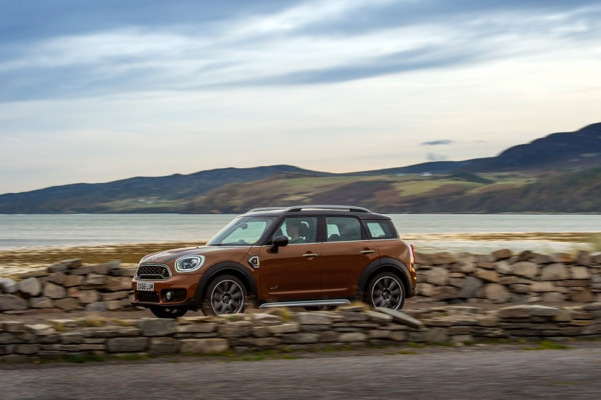 F60 MINI Countryman revealed – larger, with more tech Image #569054