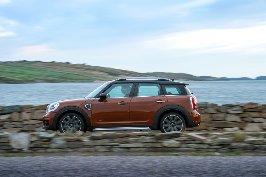 F60 MINI Countryman revealed – larger, with more tech Image #569100