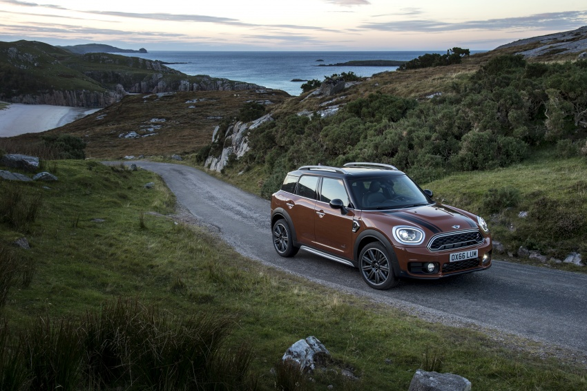 F60 MINI Countryman revealed – larger, with more tech Image #569116