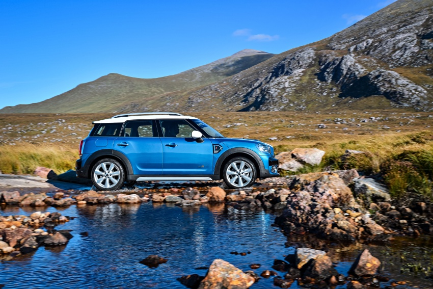 F60 MINI Countryman revealed – larger, with more tech Image #569211