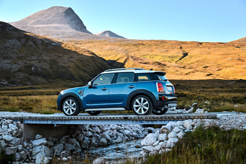F60 MINI Countryman revealed – larger, with more tech Image #569171