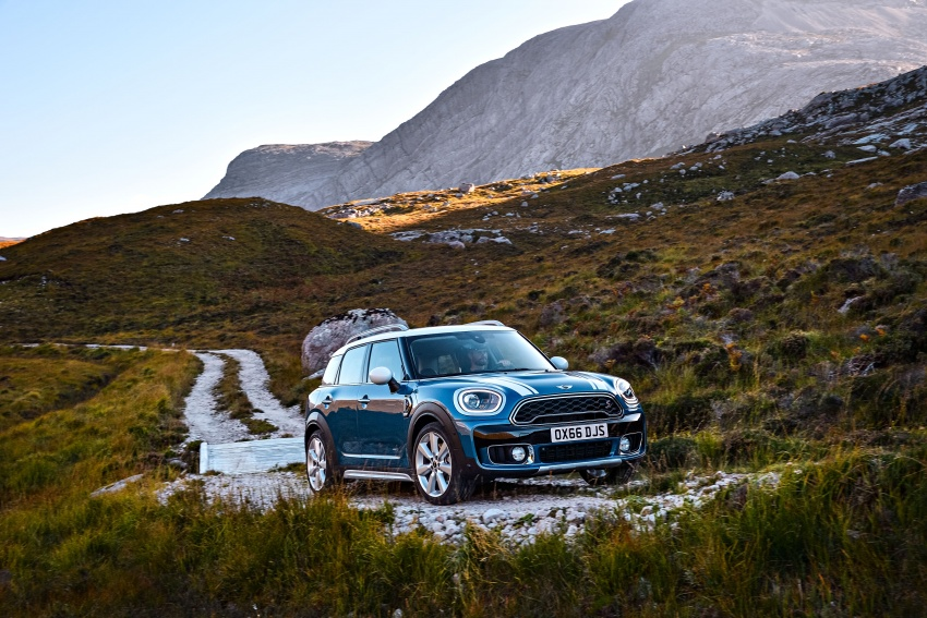 F60 MINI Countryman revealed – larger, with more tech Image #569225