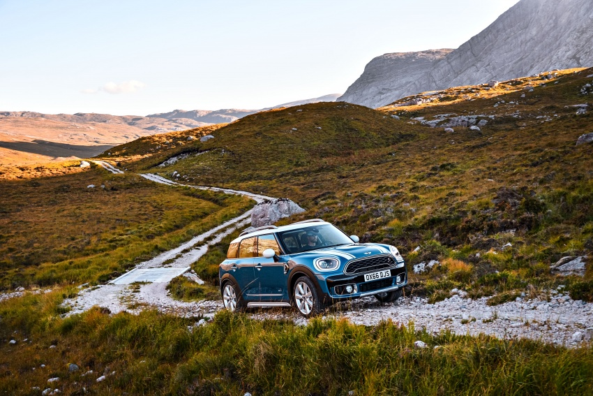 F60 MINI Countryman revealed – larger, with more tech Image #569239