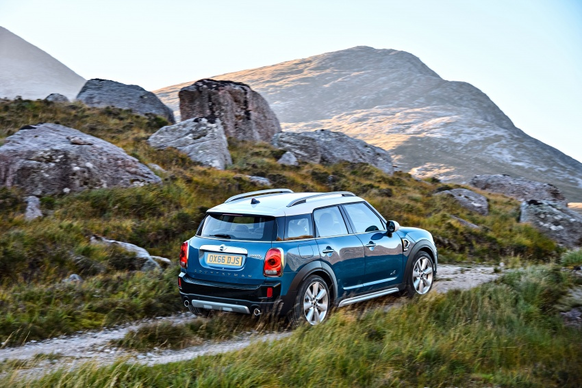 F60 MINI Countryman revealed – larger, with more tech Image #569206