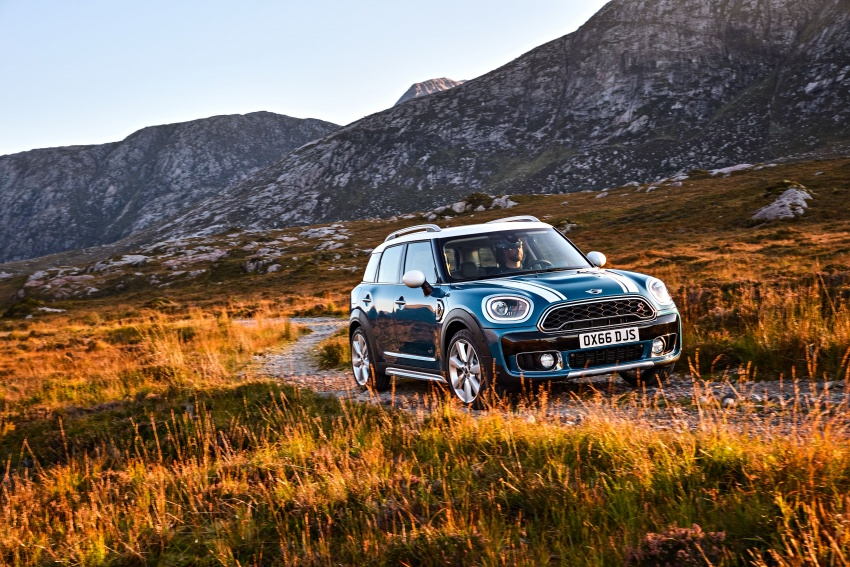 F60 MINI Countryman revealed – larger, with more tech Image #569231