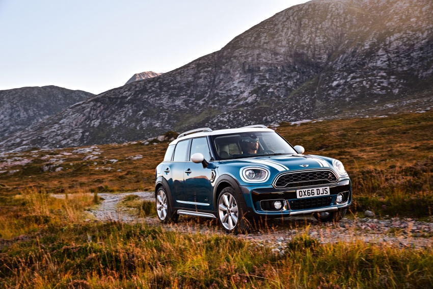 F60 MINI Countryman revealed – larger, with more tech Image #569218