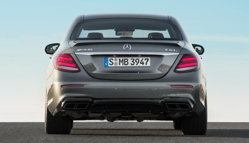 W213 Mercedes-AMG E63 4Matic+ and E63 S 4Matic+ debuts – the most powerful E-Class, ever Image #569654
