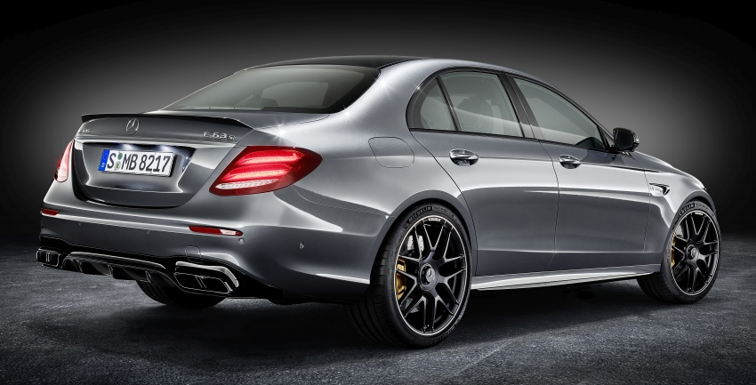 W213 Mercedes-AMG E63 4Matic+ and E63 S 4Matic+ debuts – the most powerful E-Class, ever Image #569603