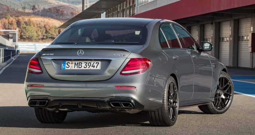 W213 Mercedes-AMG E63 4Matic+ and E63 S 4Matic+ debuts – the most powerful E-Class, ever Image #569664