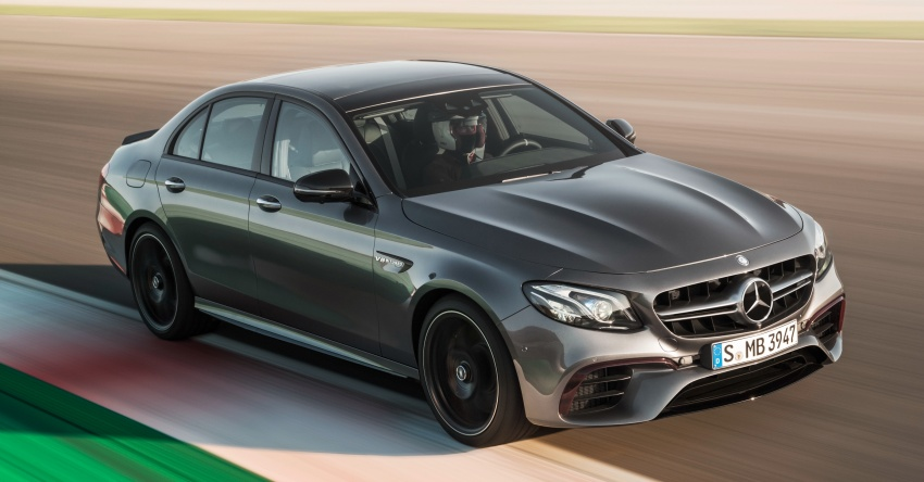 W213 Mercedes-AMG E63 4Matic+ and E63 S 4Matic+ debuts – the most powerful E-Class, ever Image #569646
