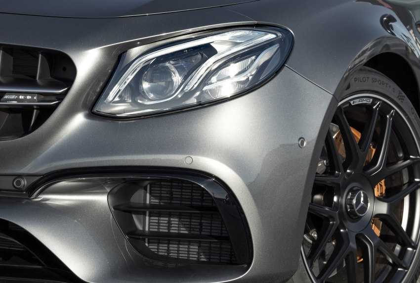 W213 Mercedes-AMG E63 4Matic+ and E63 S 4Matic+ debuts – the most powerful E-Class, ever Image #569681