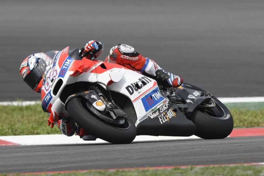 2016 Malaysian MotoGP draws record crowd of 160k Image #573106