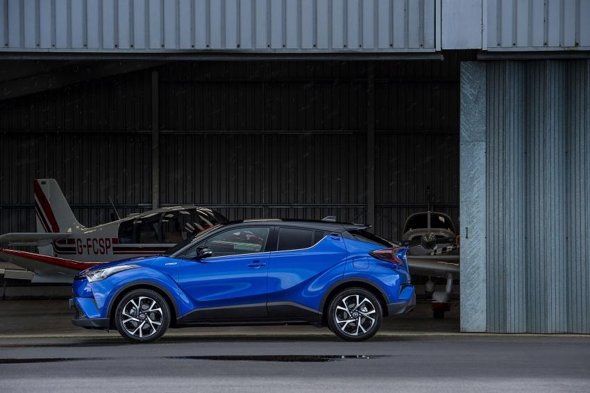 GALERI: Toyota C-HR – gambar perincian tambahan Image #578998