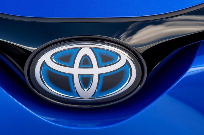 GALERI: Toyota C-HR – gambar perincian tambahan Image #579011