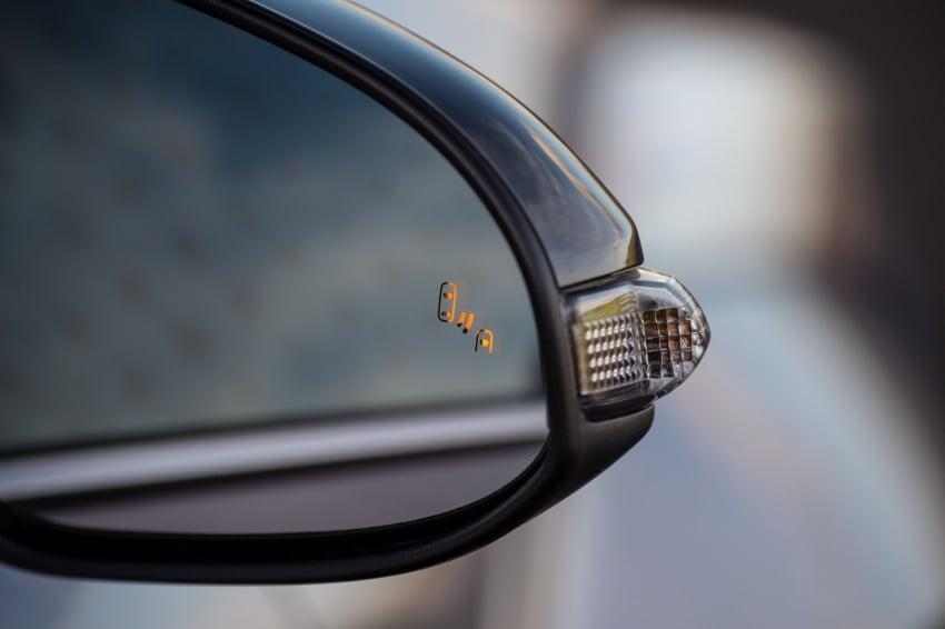 GALERI: Toyota C-HR – gambar perincian tambahan Image #578949