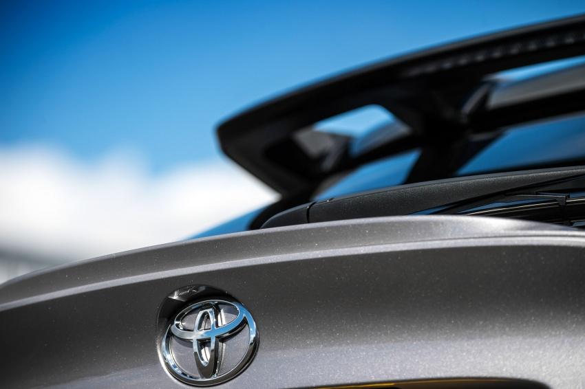 GALERI: Toyota C-HR – gambar perincian tambahan Image #578952