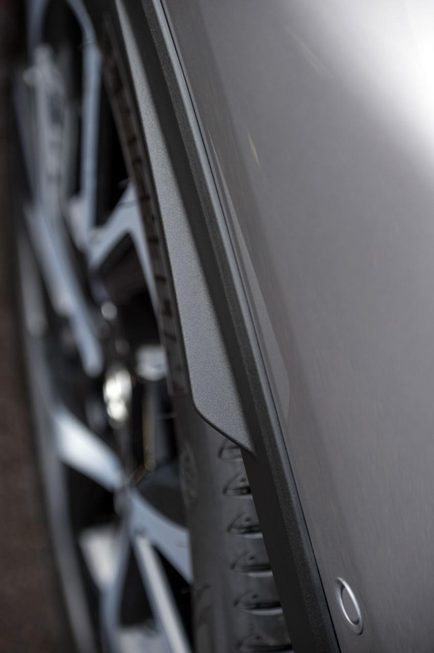 GALERI: Toyota C-HR – gambar perincian tambahan Image #578955