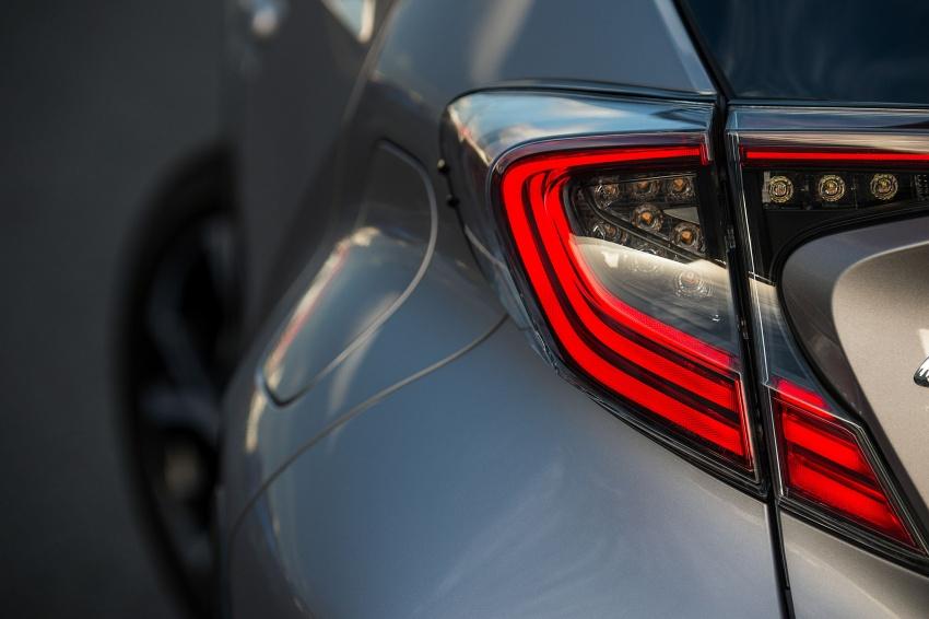 GALERI: Toyota C-HR – gambar perincian tambahan Image #578958