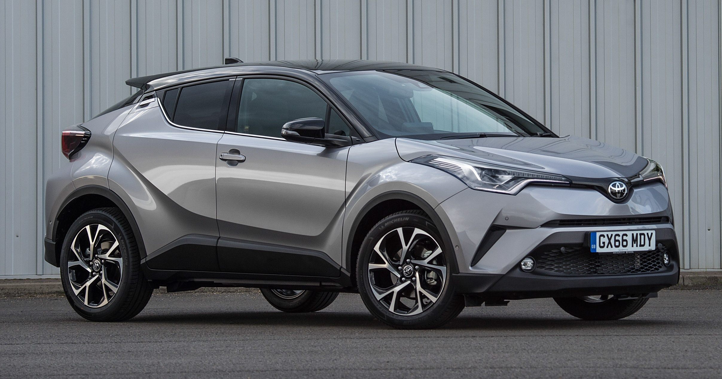 Gallery Toyota C Hr More Images Of Crossover