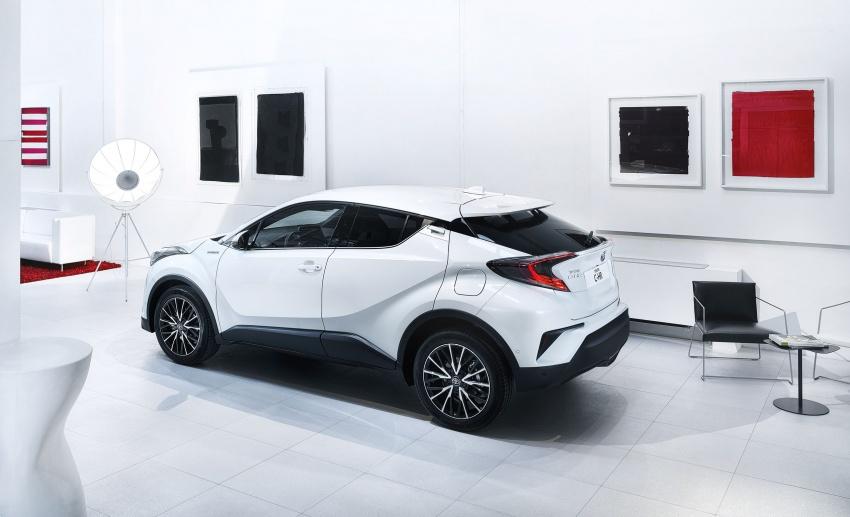 GALERI: Toyota C-HR – gambar perincian tambahan Image #579064