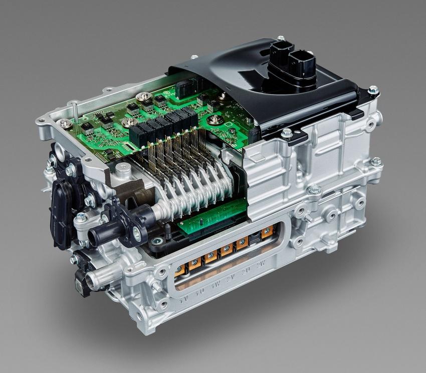 GALERI: Toyota C-HR – gambar perincian tambahan Image #579073