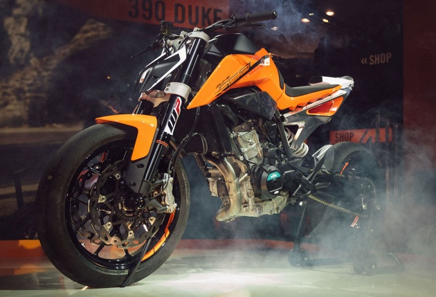 2017-790-ktm-duke-prototype