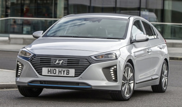 2017-hyundai-ioniq-hybrid-uk-spec-08